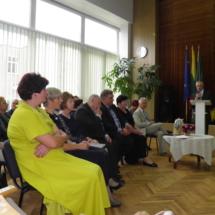 Direktoriaus Jono Kazlausko šventinis sveikinimas